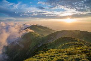 夕日に染まる三嶺