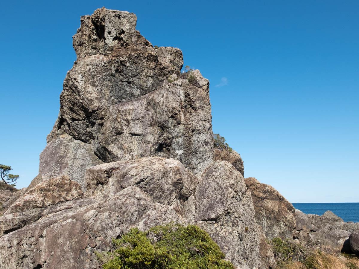 室戸岬のエボシ岩