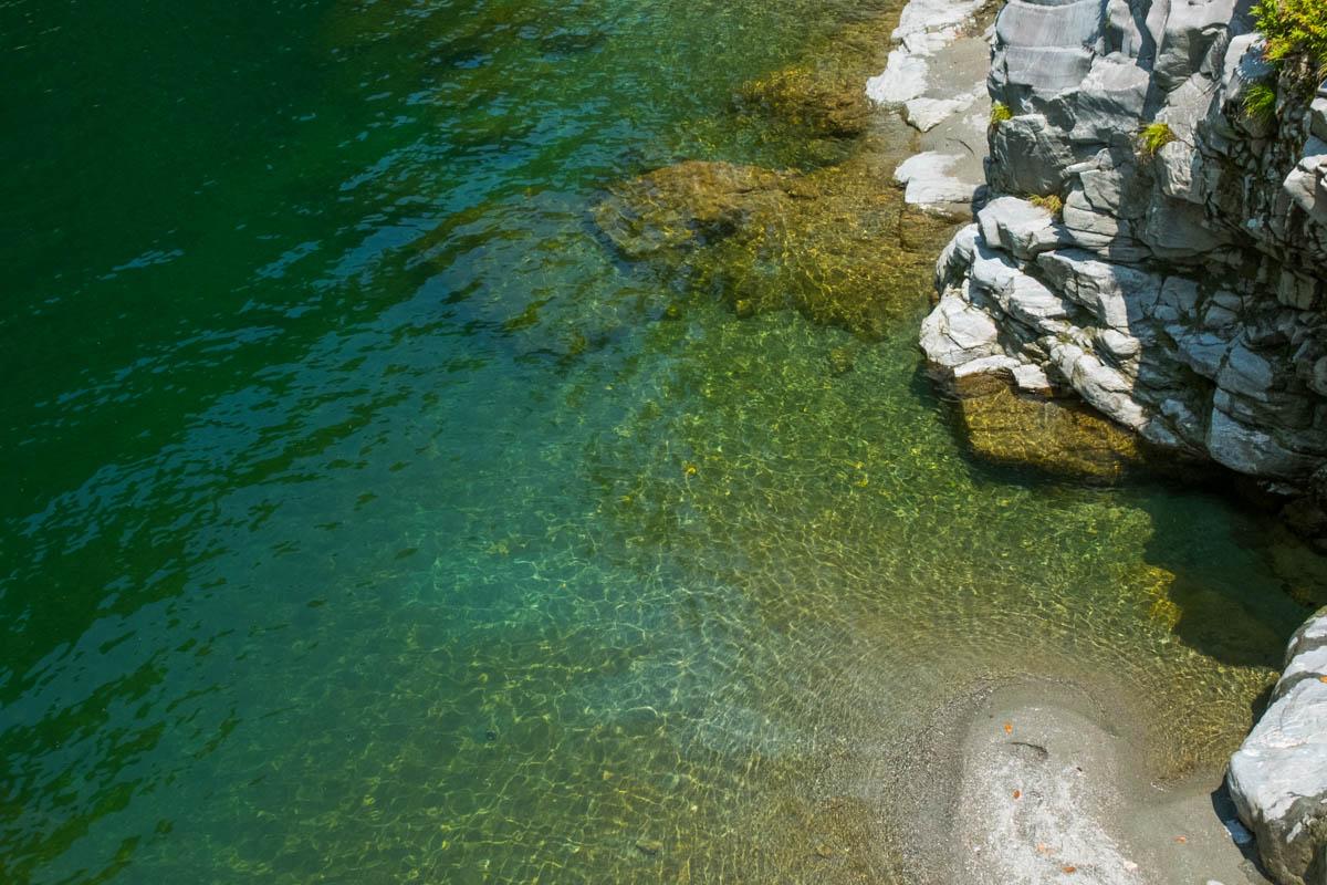 祖谷渓の水流
