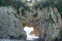足摺岬の白山洞門