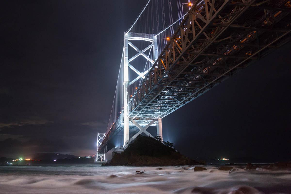 鳴門大橋の夜景