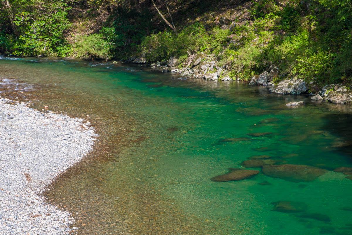 黒尊渓谷の水流
