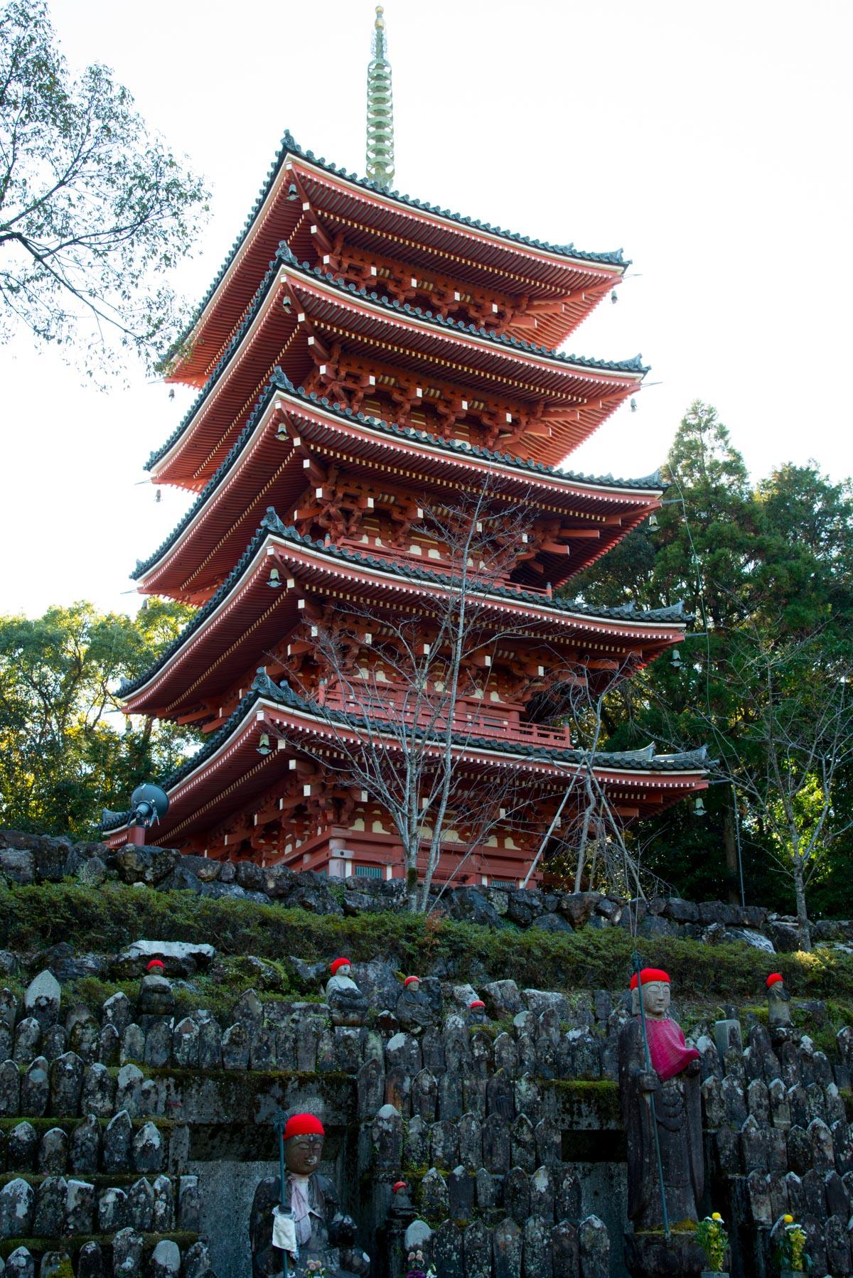 竹林寺の五重の塔