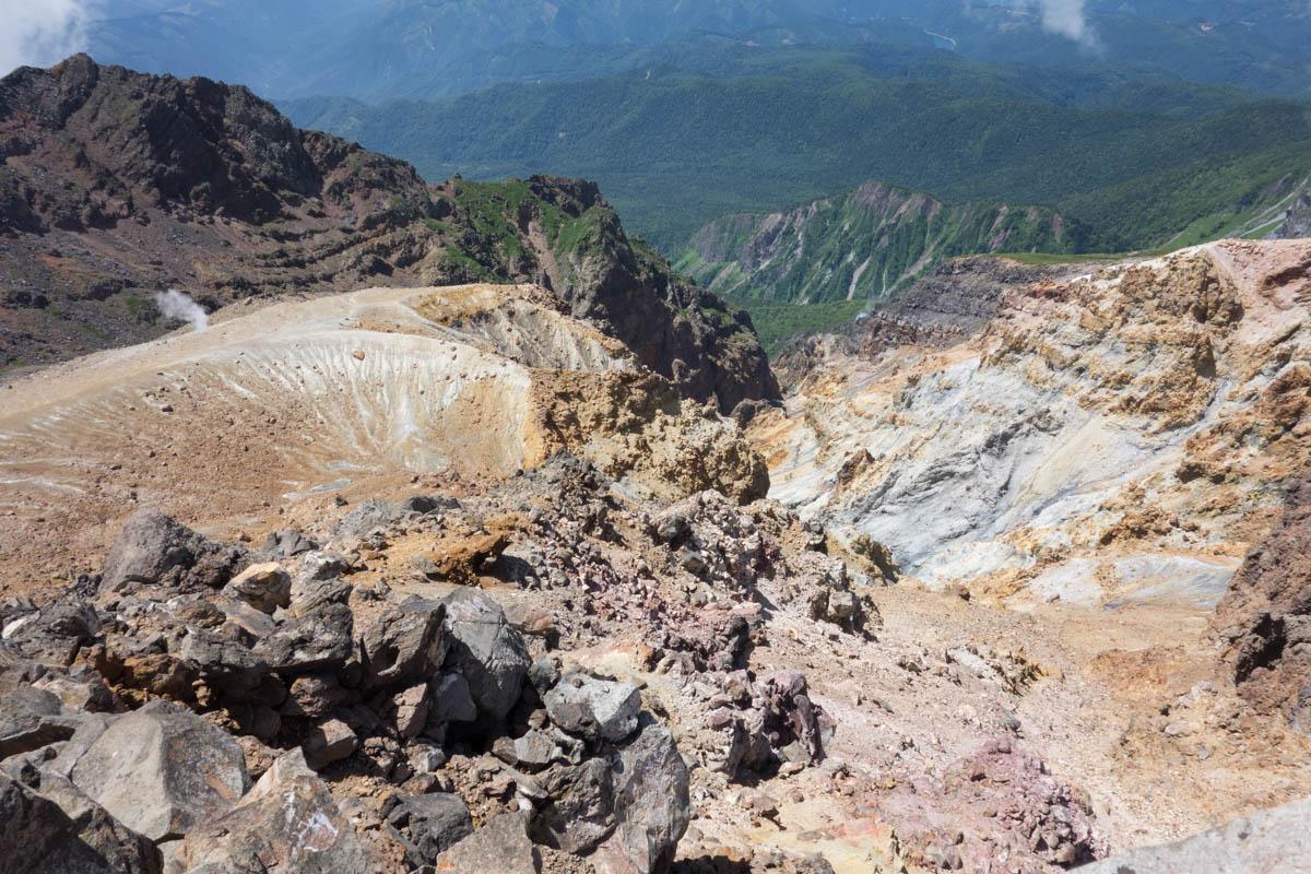 長野県と岐阜県の県境にある御嶽山